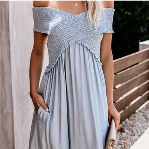 NWT Vici yarrow pocketed off shoulder maxi Small